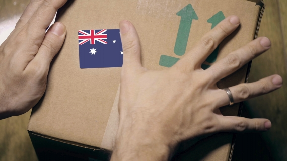 Relocating your employees to Australia – Should you be paying for their expenses?
